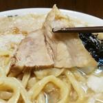 麺工 豊潤亭 - チャーシューリフト