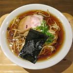 77659914 - うるめ煮干しのコンソメ中華そば 麺大盛り