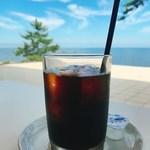 Kinosakimarinwarudokafeandoresutoranterasu - アイスコーヒー