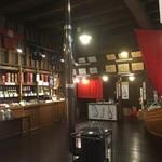 田中酒造 亀甲蔵 - 店内です