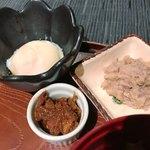 海藤花 - 小鉢は温泉卵、魚味噌、鱈の白子のじゃがいも和え