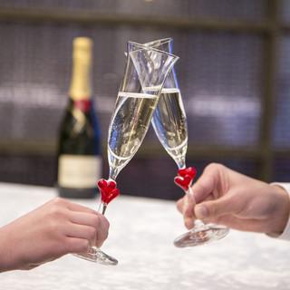ワイン・シャンパン・中国酒などアルコールも豊富にご用意
