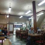 吉田屋 - 昔ながらの「食堂」です