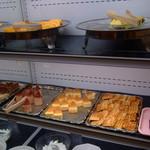 お祭り一番館 - ケーキの一部、これ以外にアイスクリーム、ソフトクリーム、おしるこあり。