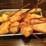 串だおれ - 串揚げは普通に美味しい