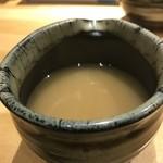 つけ麺屋 やすべえ - スープ割りのスープ。
