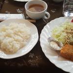 すかいはーと - 週替わり定食ランチ(白身魚のフライと唐揚げ)