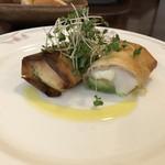 デザミ - 料理写真:前菜 帆立貝、生ハム、モッツァレラのパート包み焼き +500円