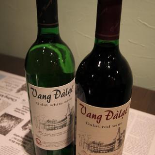 ワインもご用意しております!!