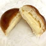 77705212 - チーズクリーム  195円