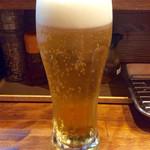 """のだ麺 ~縁~ - 「生ビール」(450円)。いつもワンパターンの芋のロックだが、今回は""""ギョービー""""にしたかったので。"""