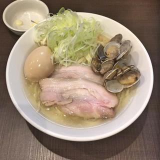 麺屋りゅう - 料理写真:味玉塩らーめん 大盛