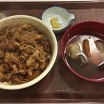 すき家 - 牛丼(特盛) + おでん単品(ロールキャベツ、こんにゃく、大根、昆布、さつま揚げ)