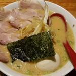 壱 - みそラーメン