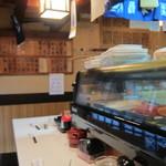 寿司政 - 店内です