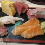 寿司政 - 鮭、玉子焼、本鮪赤身、生蛸、勘八