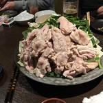 焼鳥 城 - どっさりの鶏肉&野菜 ※鍋用