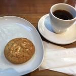77714533 - クッキーとコーヒーで780円