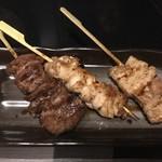 77715855 - 銘柄肉三種串焼き