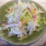 ピンク・エレファント - セットのサラダ