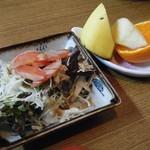 山しげ - かつ丼(サラダ&フルーツ)