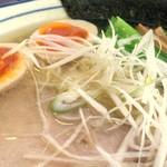 拉麺 阿吽 - 魚介風味のアッサリ塩