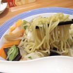 77728491 - 1712_Ringer Hut -長崎ちゃんぽん- AEON JGC_Chanpon pork(Japanese Noodle)@68,000Rp(ちゃんぽん麺豚(日本直送麺)) 麺は太麺で具材と良く絡む