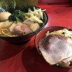 77731276 - チャーシューメン+野菜畑+白玉(くずれ) ¥810+60+10