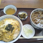 伊勢久 - 開花丼セット 850円(税込)(2017年4月27日撮影)