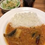 エチオピアカリーキッチン - サンバルセット(朝)はサラダとドリンク付きで400円