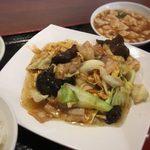 台湾料理 福満樓 - 豚肉,キクラゲ,玉子炒め定食(680円)