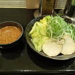ばくだん屋 コマーシャルモール店 - 広島つけ麺(冷)_2辛