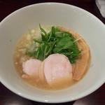 串焼き わか - 鶏白湯ラーメン・あっさり(700円)