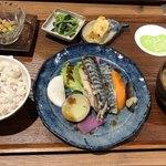 やさいの王様 - 豊富な酵素を含んだ本日のお魚定食 ¥1,280(税抜) 2017/12/09(土)訪問