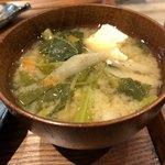 やさいの王様 - お味噌汁 ∟豊富な酵素を含んだ本日のお魚定食 ¥1,280(税抜) 2017/12/09(土)訪問