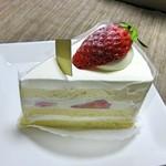 giorni - 料理写真:苺のショートケーキ