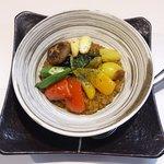 飲み食い処 池家 - 彩野菜カレートマトソース