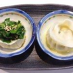 飲み食い処 池家 - エビ入り水餃子(2ケ2味)