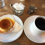 アオゾラコーヒーショップ - 自家製プリンとゴールドマウンテンで780円