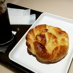 サンマルクカフェ - バターデニッシュ: 200円税別 (2017/11)