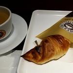 サンマルクカフェ - 焦がしミルクチョコクロ:180円税別
