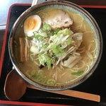 麺屋くるる - 料理写真:野菜塩らーめん ¥800