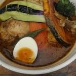 77774691 - 土日限定の知床鶏と野菜のスープカレー