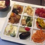 77780177 - トマトのマリネや湯豆腐 etc...