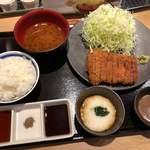 牛カツ専門店 京都勝牛 - 特選牛ロースカツ京とろろ膳特大 1,922円