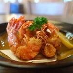 秀福 - 料理写真:小海老の唐揚げアップ