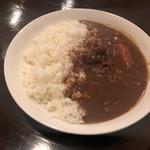 南平台 ラウンジ - 牛すじ煮込みカレー