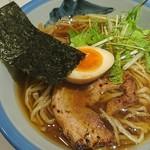 AFURI - 醤油らーめん(880円)+真空手揉み麺(+180円)