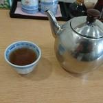 台湾風味 ミスターヤン - サービスの中国茶