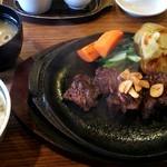 染と茶 - ステーキ定食 1,950円